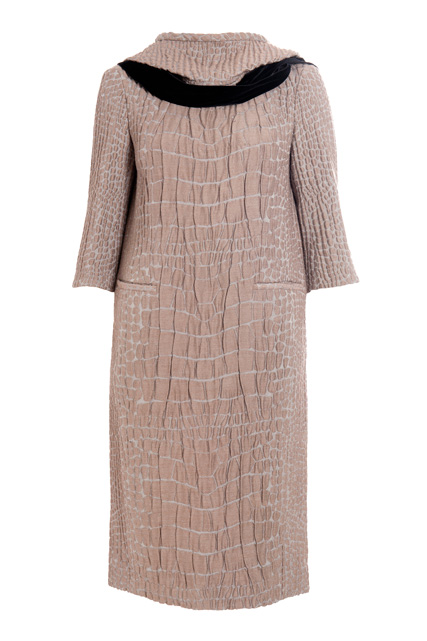 Platinum gray alpaga jacquard hooded dress, front view (Fall/Winter 2007-2008)