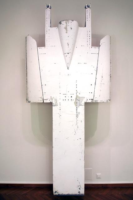 Onera, 2008 Aluminum, lacquer 282x130x22 cm